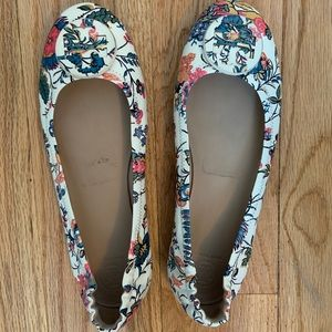 Tory Burch Shoes - Tory Burch Floral Flat Minnie